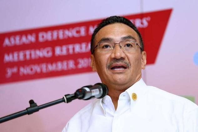 Bộ trưởng Quốc phòng Malaysia Hishammuddin Hussein (Ảnh: Reuters)