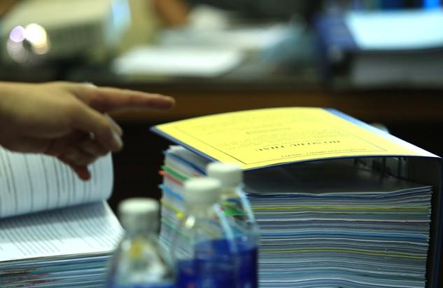 Đại diện Sở KH&ĐT Long An cho biết sẽ có những tham mưu phù hợp để bảo vệ quyền lợi chính đáng cho các nhà thầu. Ảnh: Lê Tiên