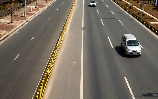 Toàn bộ dự án BOT, BT ngành giao thông trong giai đoạn từ 2011 - 2015 đều chỉ định nhà đầu tư. Ảnh: Lê Tiên