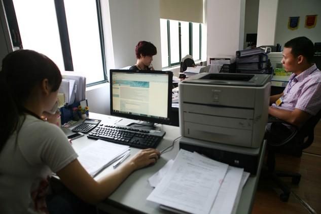 Nhằm tăng cường hiệu quả hoạt động đấu thầu qua mạng, các mẫu hồ sơ đấu thầu áp dụng cho đấu thầu qua mạng sẽ được ban hành trong năm 2017