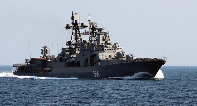 Tàu chống ngầm Đô đốc Tributs của Nga (Ảnh: Sputnik)