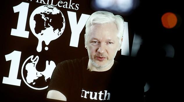 Nhà sáng lập WikiLeaks Julian Assange. (Ảnh: Reuters)