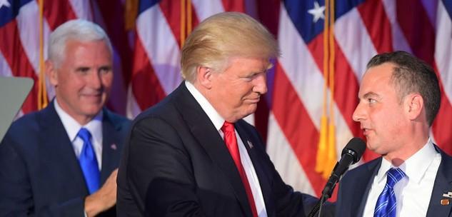 Tổng thống đắc cử Mỹ Donald Trump (giữa). (Ảnh: AFP)