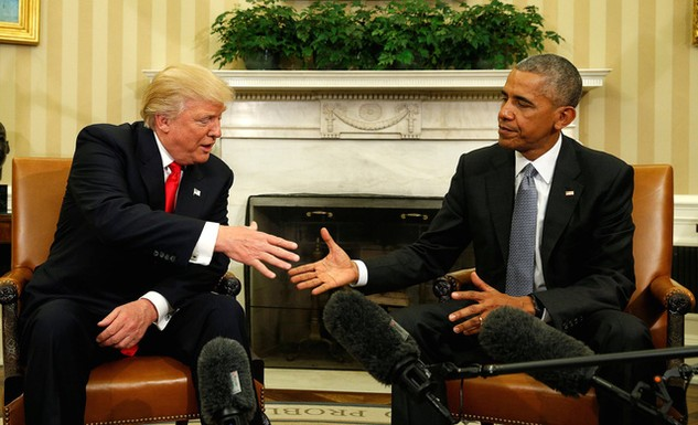 Tổng thống Mỹ Barack Obama và Tổng thống đắc cử Donald Trump trong cuộc gặp đầu tiên tại Nhà Trắng. (Ảnh: Reuters)