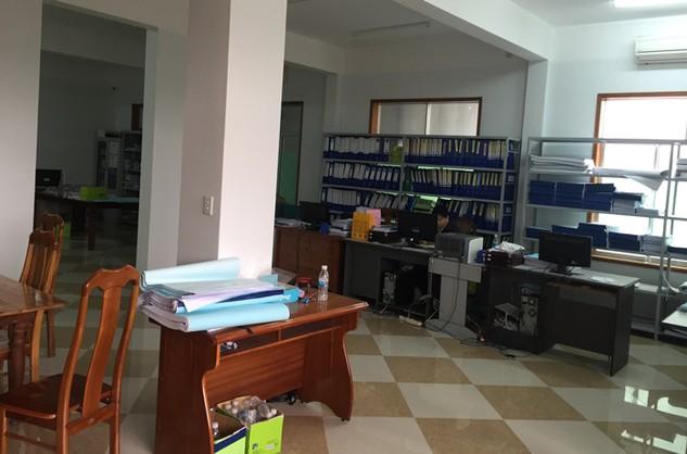 Sau khi UBND tỉnh Quảng Nam có quyết định gia hạn bán HSMT nhưng Bên mời thầu vẫn lẩn tránh không chịu bán HSMT (Ảnh do nhà thầu cung cấp)