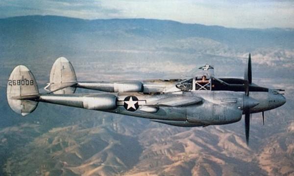 Một chiếcP-38 Lightning của không quân Mỹ. Ảnh:Wikipedia