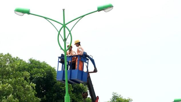 Tại Hà Nội, việc đấu thầu cung ứng các dịch đô thị mang lại nhiều kết quả rất tích cực. Ảnh: Lê Tiên