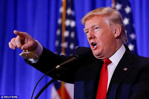 """Tổng thống đắc cử Mỹ Donald Trump bị cáo buộc """"dàn xếp"""" thông tin với Nga. (Ảnh: Reuters)"""