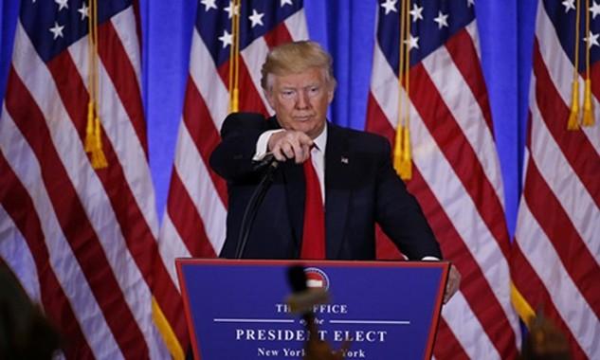 Tổng thống đắc cử Mỹ Donald Trump trong buổi họp báo. Ảnh:Reuters