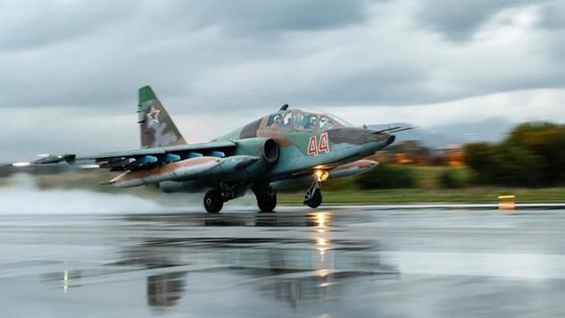 Máy bay chiến đấu Su-25 của Nga (Ảnh: Fox)