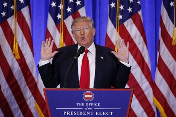 Tổng thống Mỹ đắc cử Donald Trump phát biểu trong họp báo. Ảnh:Reuters