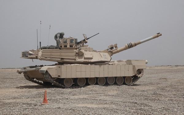 Một xe tăng M1A2 của quân đội Mỹ tại Iraq. Ảnh:Dmitry Shulgin.
