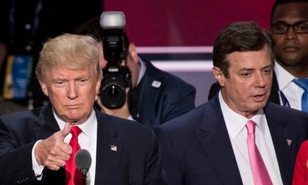 Paul Manafort (bên phải), cựu chủ tịch ban vận động chiến dịch tranh cử của Donald Trump. Ảnh:Guardian
