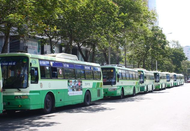 TP.HCM hiện có 171 xe bus tham gia vào chương trình quảng cáo. Ảnh: Đinh Tuấn