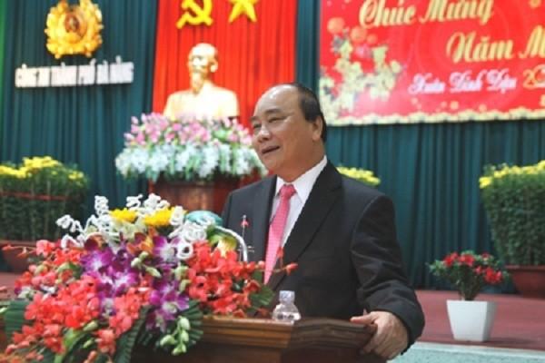 Thủ tướng Nguyễn Xuân Phúc chúc Tết lực lượng vũ trang TP. Đà Nẵng. Ảnh: VGP/Hồng Hạnh