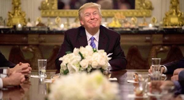 Nhiều người kỳ vọng ông Trump sẽ kết thúc các lệnh cấm vận chống Nga. Ảnh:AFP.
