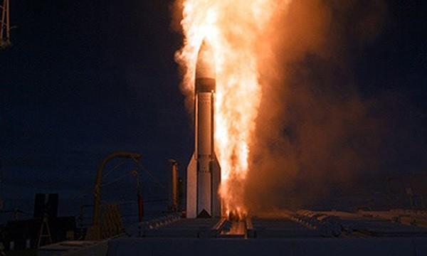 Tên lửa Standard Missile-3. Ảnh:US Navy