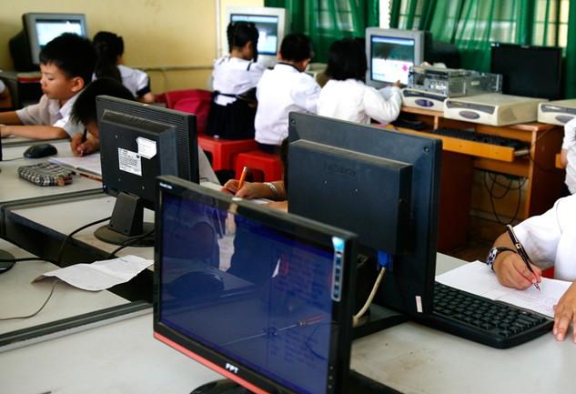 2 gói thầu mua sắm thiết bị cho Trường THPT An Qui và Trường THPT Chợ Lách A tại tỉnh Bến Tre đang trong giai đoạn thẩm định HSDT. Ảnh: Nhã Chi