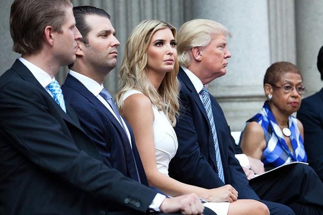 Con gái Tổng thống Mỹ Donald Trump, Ivanka (váy trắng). (Ảnh: Getty)