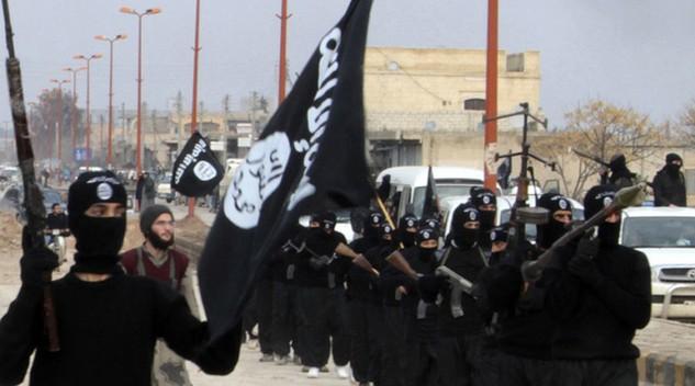 Các tay súng thuộc tổ chức IS (Ảnh: RT)