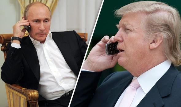 Tổng thống Nga Vladimir Putin (trái) và người đồng cấp Mỹ Donald Trump (Ảnh: Daily Express)