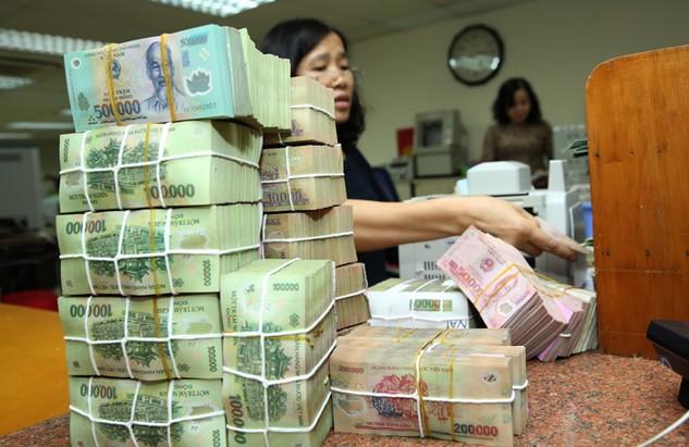 Mục tiêu huy động trái phiếu chính phủ năm 2017 là 250.000 tỷ đồng. Ảnh: Lê Tiên