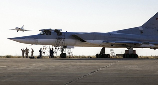 Máy bay Nga Tu-22M3 tại căn cứ ở Iran hồi tháng 8/2016. Ảnh:AP