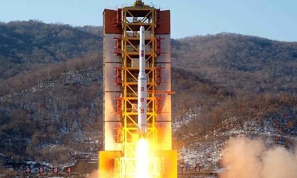 Một vụ phóng tên lửa của Triều Tiên. Ảnh:KCNA.