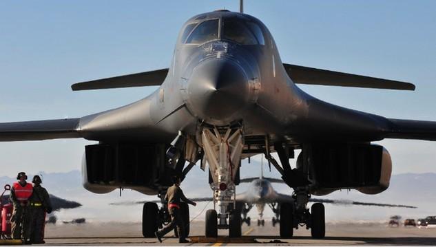 Máy bay ném bom B-1 tại căn cứ không quân Ellsworth ở South Dakota, Mỹ (Ảnh: Không quân Mỹ)