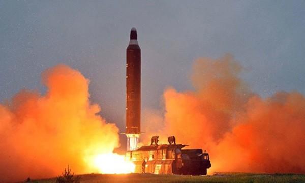 Một vụ phóng thử tên lửacủa Triều Tiên. Ảnh:Reuters