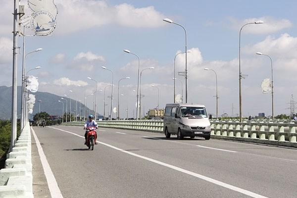 Bà Rịa - Vũng Tàu yêu cầu giảm thời gian hoàn tất thủ tục dự án BOT, BT