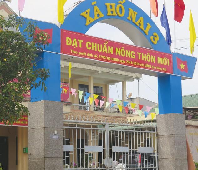 Gói thầu Xây lắp + lán trại thuộc Dự án Xây mới nhà công an xã Hố Nai 3 (Trảng Bom, Đồng Nai) được phát hành HSYC tại trụ sở UBND Xã. Ảnh: Huyền Văn