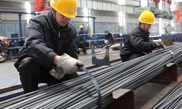 Hàng hóa sản xuất tại Trung Quốc đang tăng giá do chi phí nhân công. Ảnh:AFP