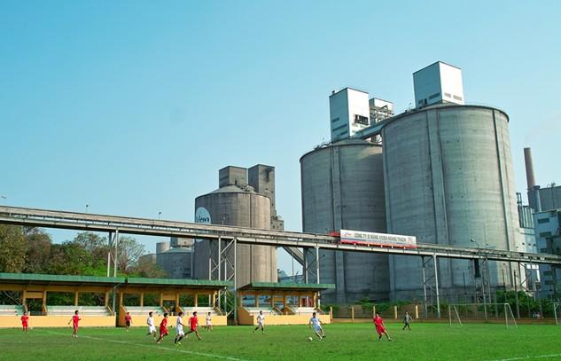 Tổng công ty Công nghiệp Xi măng Việt Nam không công khai kết quả lựa chọn nhà thầu của nhiều gói thầu giá trị rất lớn. Ảnh: Lê Tiên