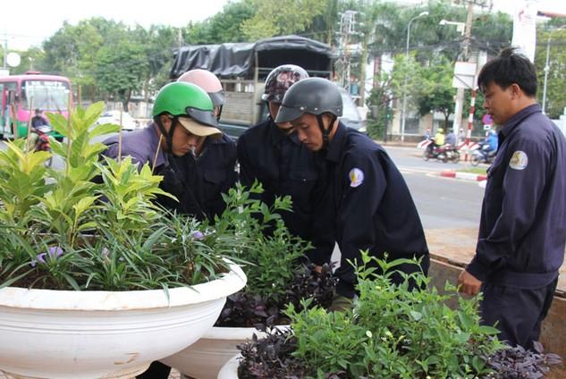 """Trong suốt hơn một năm qua, Báo Đấu thầu đã liên tiếp phản ánh hàng loạt gói thầu bị """"tai tiếng"""" tại Đắk Lắk. Ảnh: Minh Thông"""