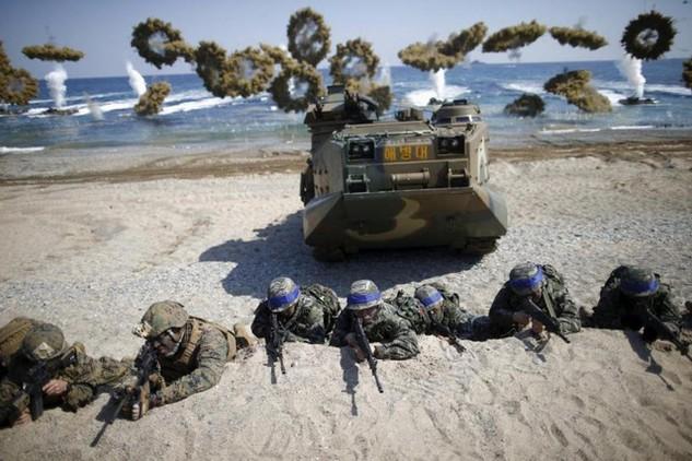 Thủy quân lục chiến Mỹ và Hàn Quốc tập trận chung tại Pohang, Hàn Quốc vào tháng 3/2016 (Ảnh: Reuters)