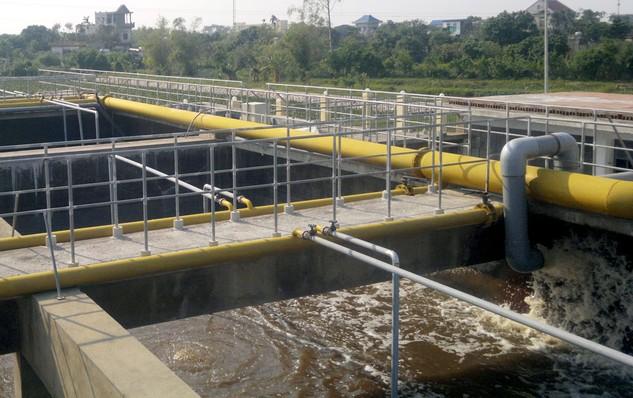 Đang lựa chọn nhà thầu thực hiện Gói thầu số 3: Xây dựng hệ thống cống bao cho sông Lừ thuộc Dự án Hệ thống xử lý nước thải Yên Xá, TP. Hà Nội. Ảnh: Nhã Chi