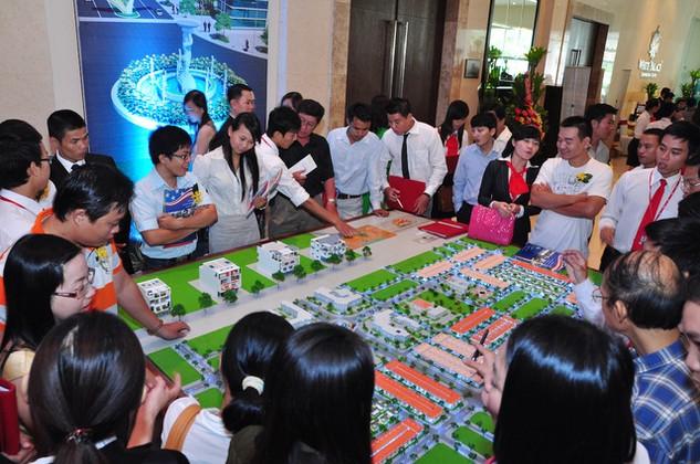 Lĩnh vực bất động sản xuất hiện nhiều đại diện do năm qua thị trường bất động sản vẫn giao dịch sôi động