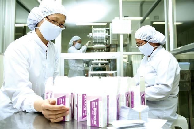 Nhu cầu sử dụng thuốc tại Việt Nam ngày càng gia tăng. Ảnh: Lê Tiên