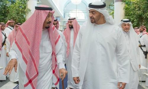 Lãnh đạo Arab Saudi và UAE thống nhất biện pháp cô lập Qatar. Ảnh:AP.