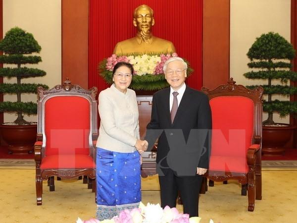 Tổng Bí thư Nguyễn Phú Trọng tiếp Chủ tịch Quốc hội Lào Pany Yathotou. Ảnh: TTXVN
