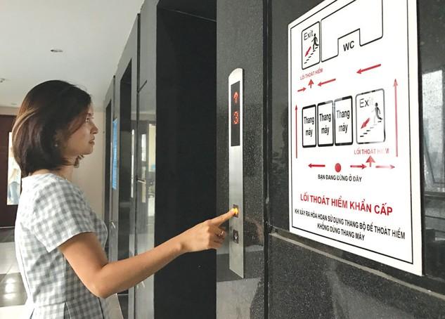 Tại các gói thầu thang máy, yêu cầu về xuất xứ hàng hóa là vấn đề khiến nhà thầu kiến nghị nhiều nhất. Ảnh: Lương Dũng
