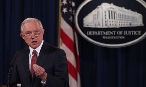 Bộ trưởng Tư pháp Mỹ Jeff Sessions ngày 5/9 thông báo chấm dứt chương trình DACA. Ảnh:AFP.