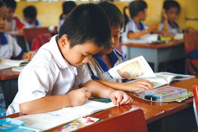 2 gói thầu mua sắm thiết bị lớp học của Trường Tiểu học Trần Quang Cơ và Trường Tiểu học Dương Minh Châu tại TP.HCM bị kiến nghị về kết quả lựa chọn nhà thầu. Ảnh: Tiên Giang