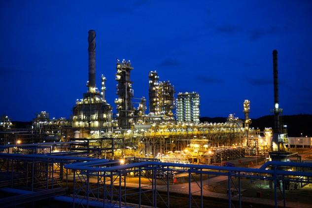 Dù trong hoàn cảnh nào Nhà máy Lọc dầu Dung Quất cũng vẫn luôn vận hành vượt công suất thiết kế