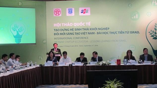 Phó Thủ tướng Vương Đình Huệ phát biểu tại Hội thảo. Ảnh: Đan Nguyên