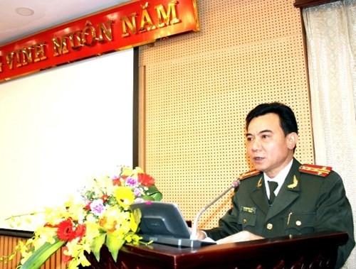 Phó Giám đốc Công an TP - Đại tá Nguyễn Anh Tuấn phát biểu nhận nhiệm vụ