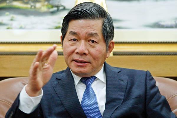"""Bộ trưởng Bùi Quang Vinh: """"Nền kinh tế Việt Nam phải đi bằng hai chân, một chân là các dòng vốn đầu tư trực tiếp nước ngoài và các DN FDI, một chân là các DN Việt Nam"""""""