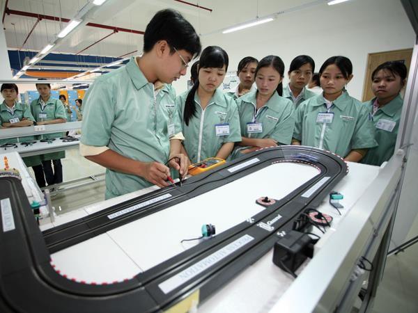 Vốn đầu tư trực tiếp nước ngoài (FDI) vào Việt Nam năm 2015 đạt kết quả ấn tượng