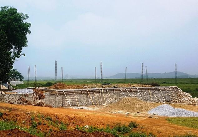 Chuyện lạ ở Thanh Hóa: Chính quyền bán đất ở... dưới lòng sông - ảnh 1